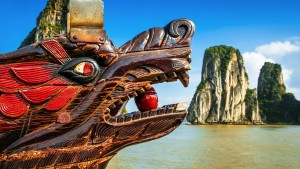 Vietnam dragon head halong bay