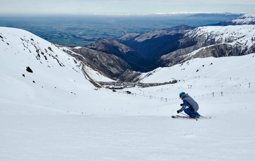 Student Ski and Snow tours Mt Hutt New Zealand