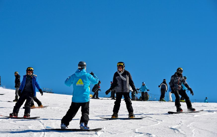 Mt Hotham snowsports tours