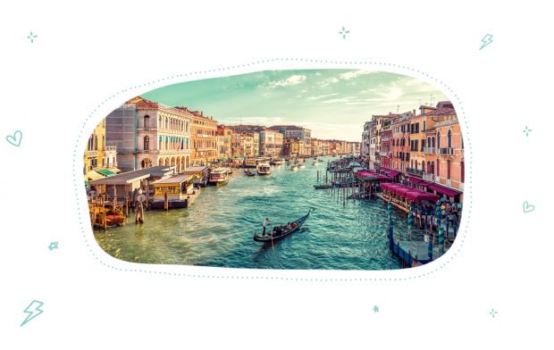 Tour of Venice by boat